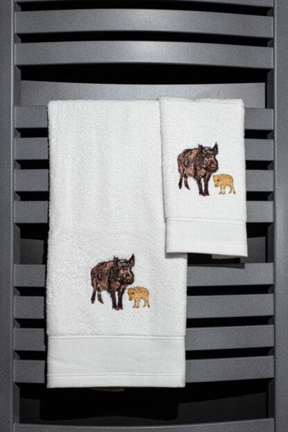 Geborduurde handdoek wild zwijn met jong