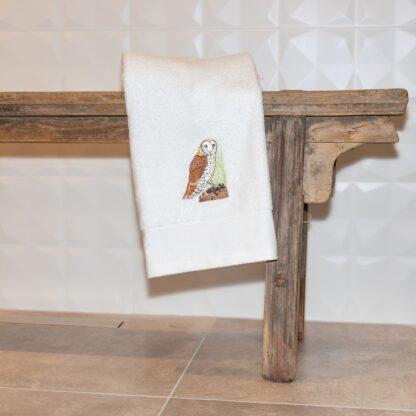 geborduurde handdoek uil